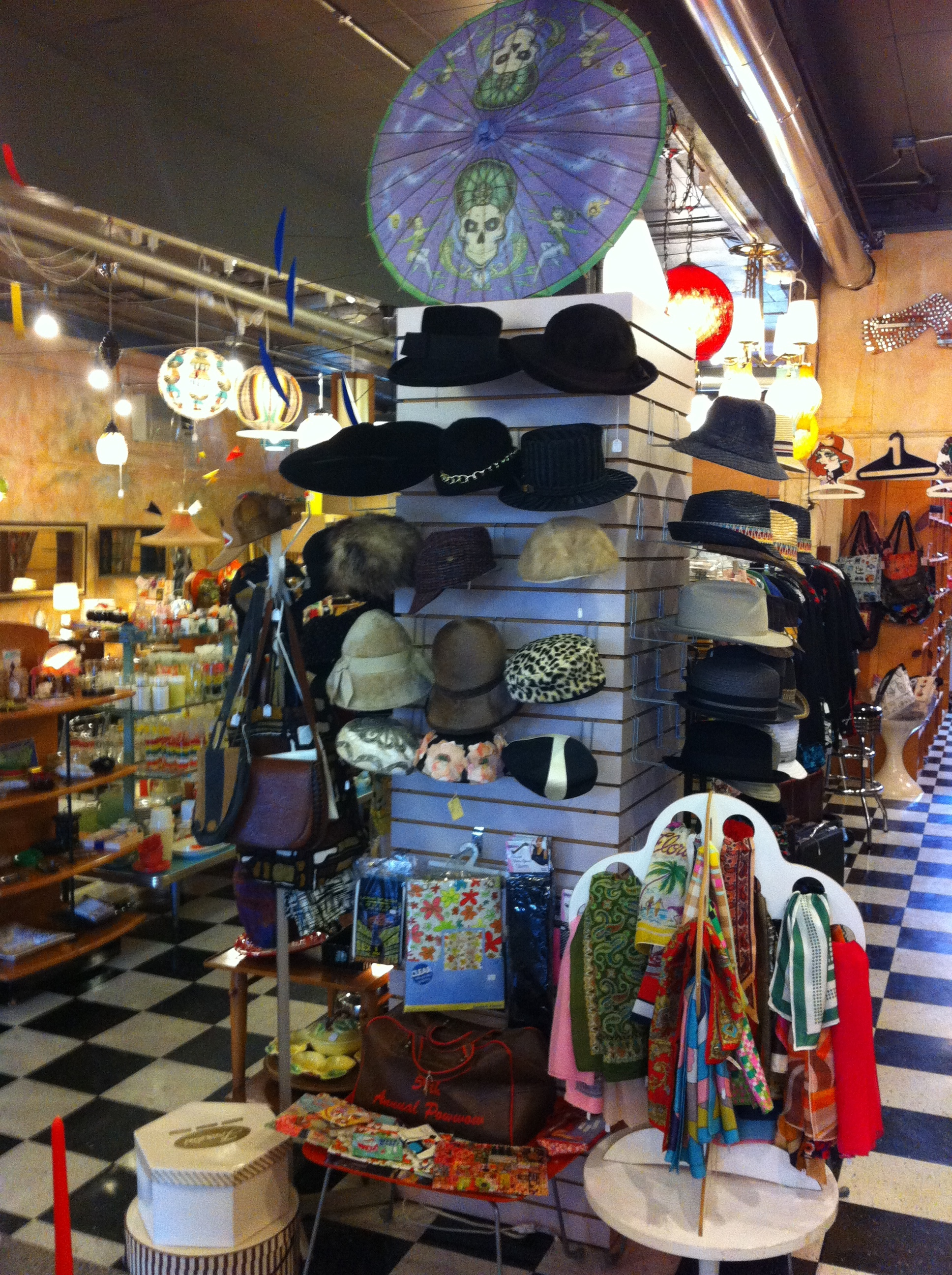 "Flashback vintage store was packed with mid-century artifacts, but nothing said ""buy me, buy me."""