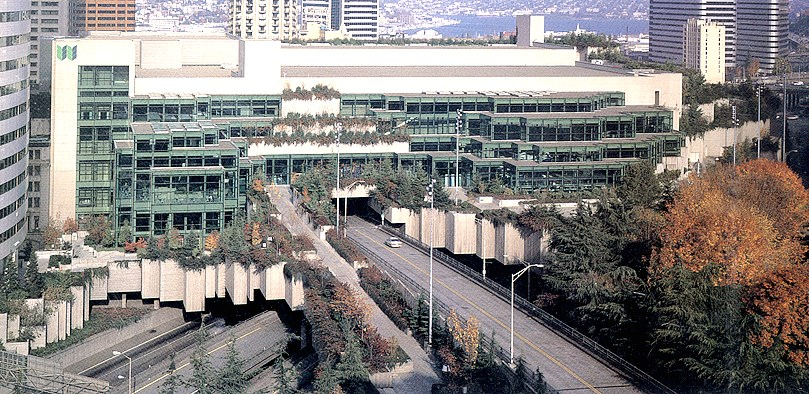 The Seattle Convention Centre is built over top of a major highway, linking two sides of the downtown. The site has some similarities to CPR rail tracks that divide Calgary's downtown and the Beltline. (Cost: $425 million)