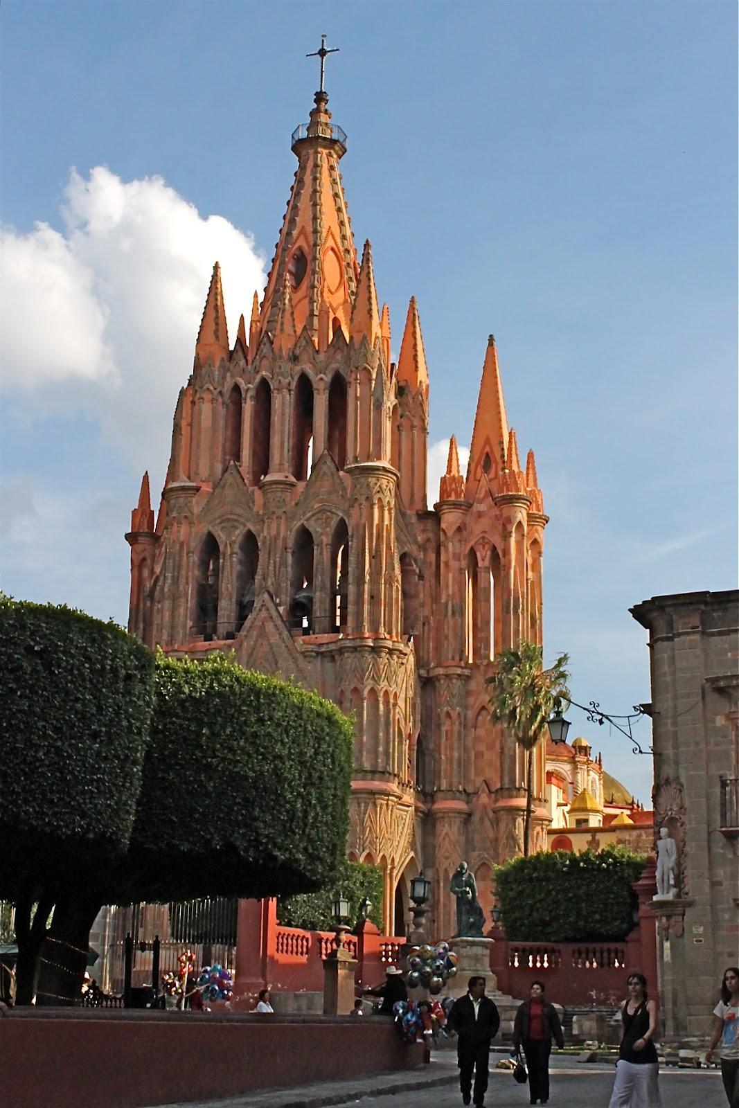The magnificent Parroquia of San Miguel Archangel