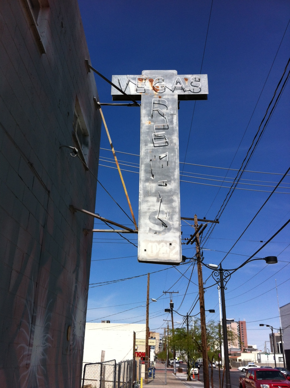 Found this old cross neon light in the Arts District, to me this was more interesting than all of the huge glitzy neon lights on The Strip or Freemont Street.