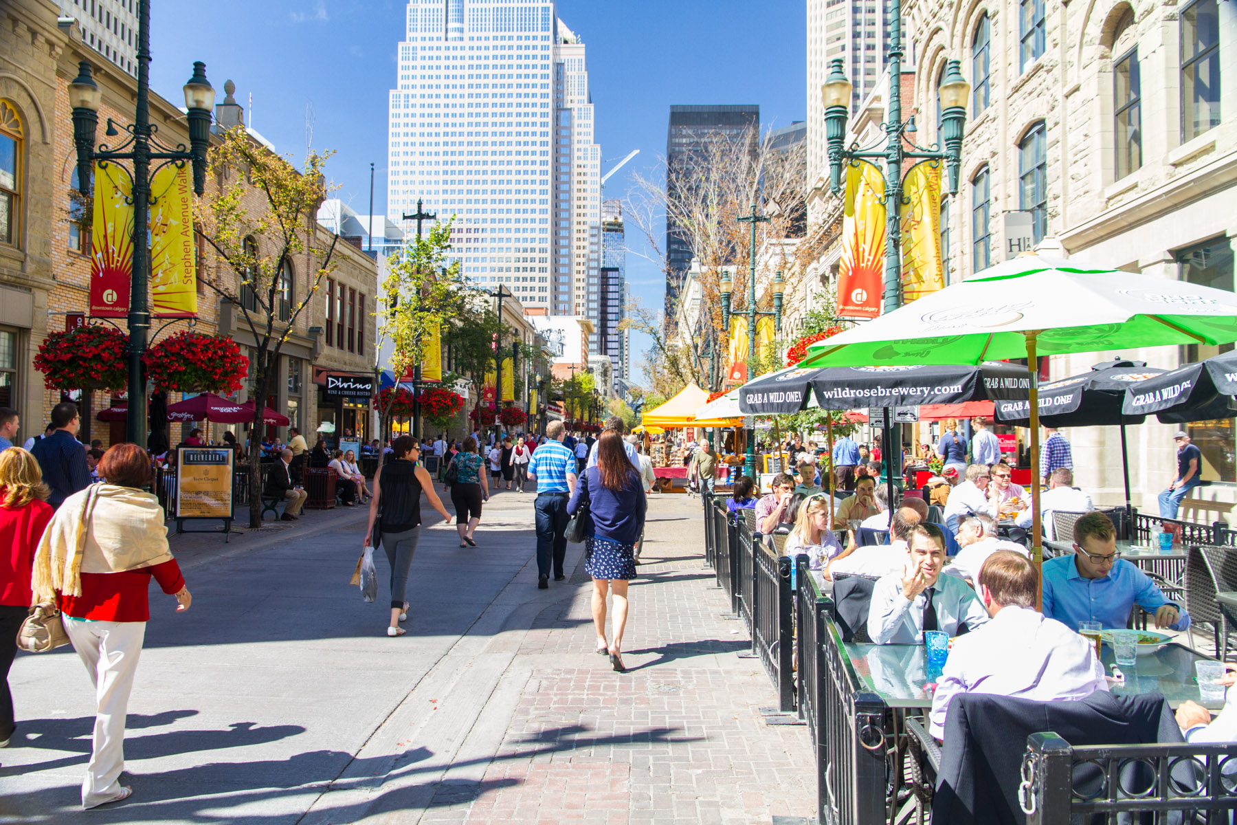 Calgary's Stephen Avenue Walk is a very popular place at lunch hour. (photo credit: Jeff Trost)