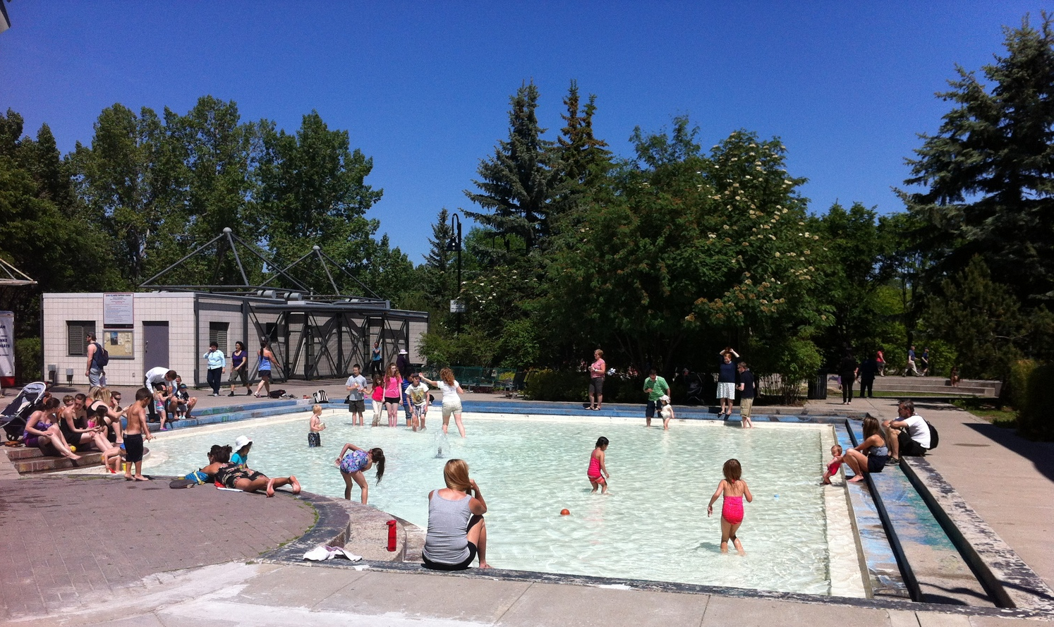 The Eau Claire Plaza pool is a popular place for families to meet up during the power hour and have some quality family time.