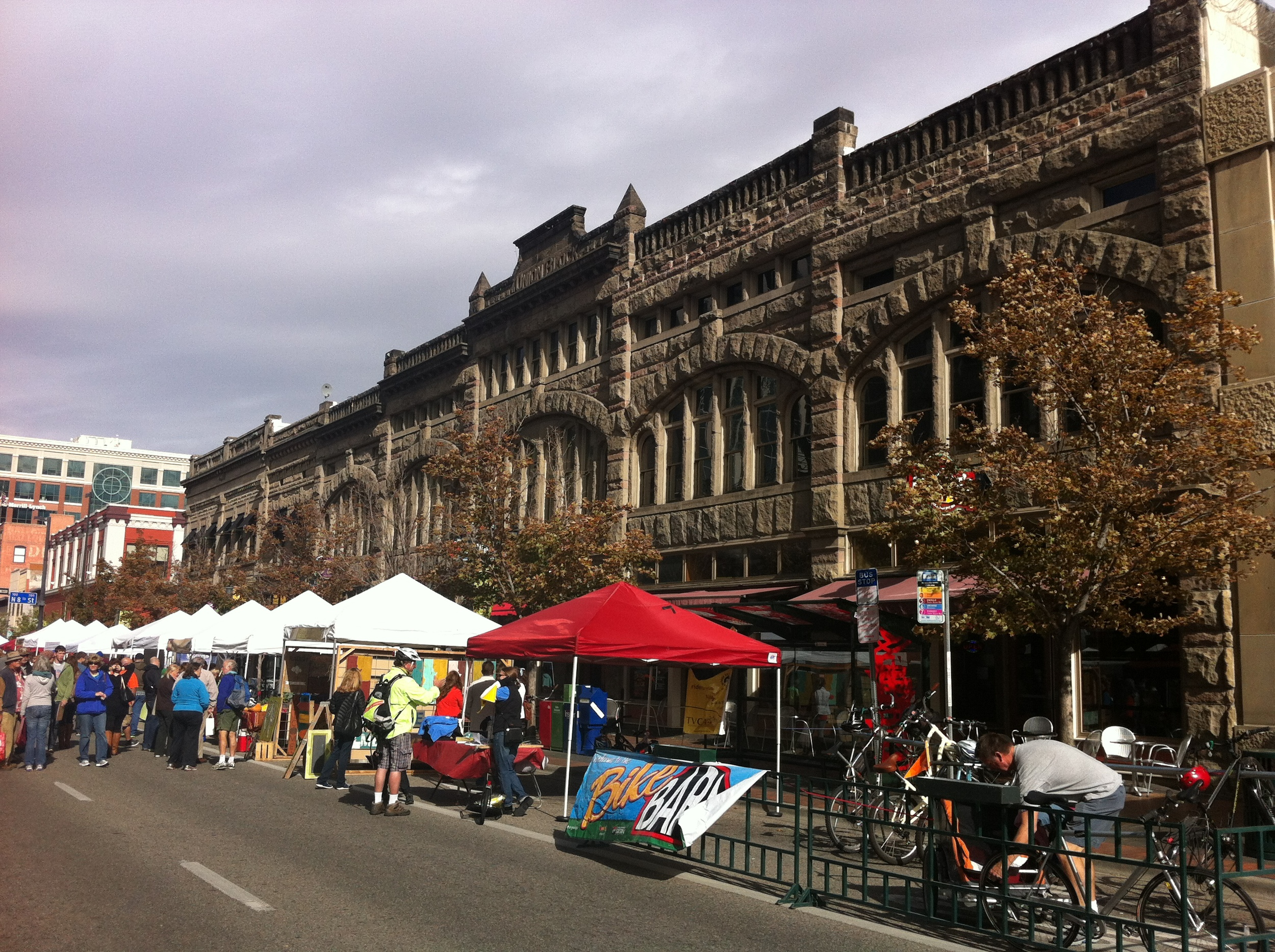 Boise's downtown farmers' market.