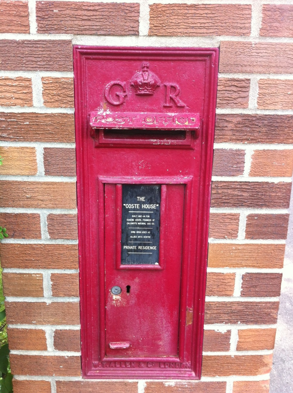 Coste House mailbox