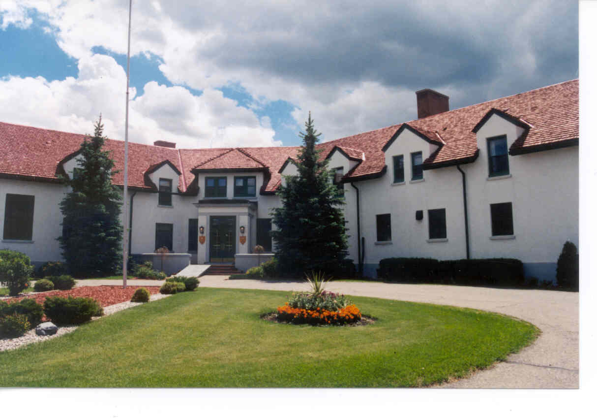 Officer's Mess and Formal Garden, completed in 1936. (Photo Credit: Canada Lands Corporation)
