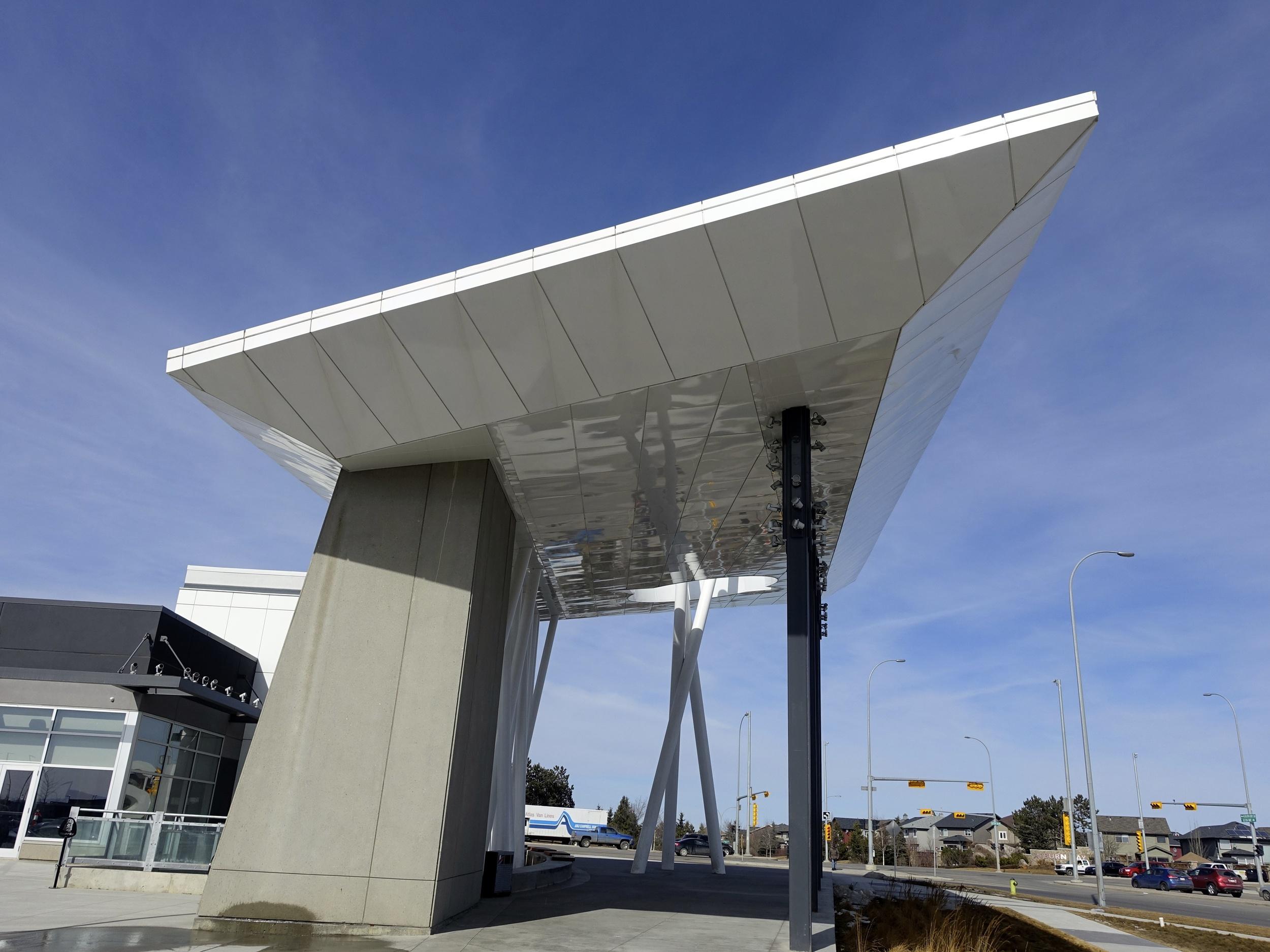 SETON Gateway daytime.