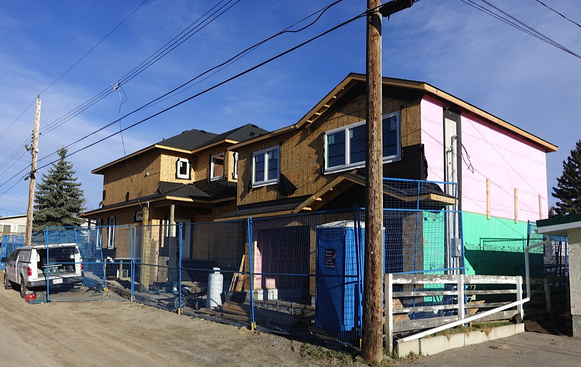 This is one of over a dozen infill construction sites near 4th Street; this one caught my attention as it was in a back alley. Mount Pleasant is obviously on the the leading edge of urban living in Calgary.