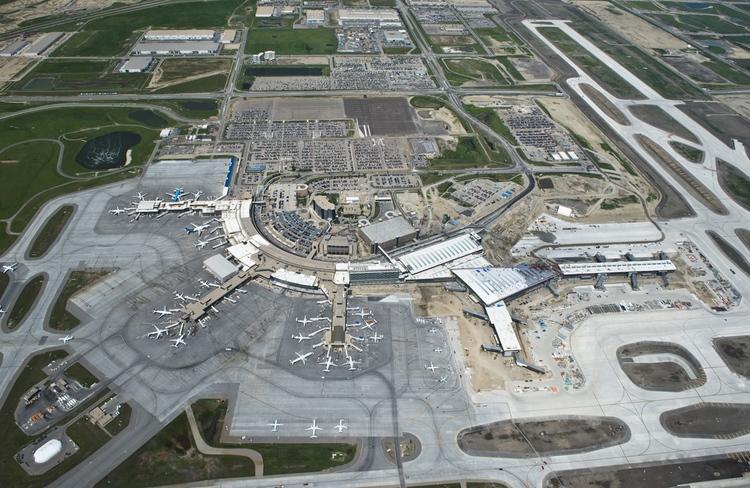 Calgary International Airport (photo credit: Peak Aerials)