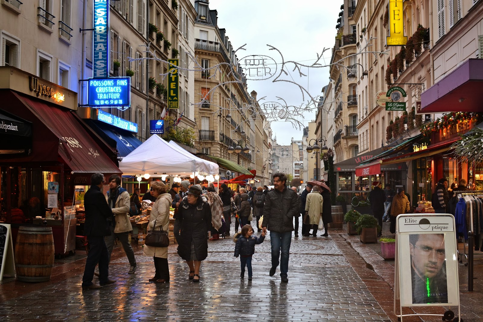 Rue Cler is one of the best pedestrian streets not only in Paris, but in the world. At Christmas it is simply magical.