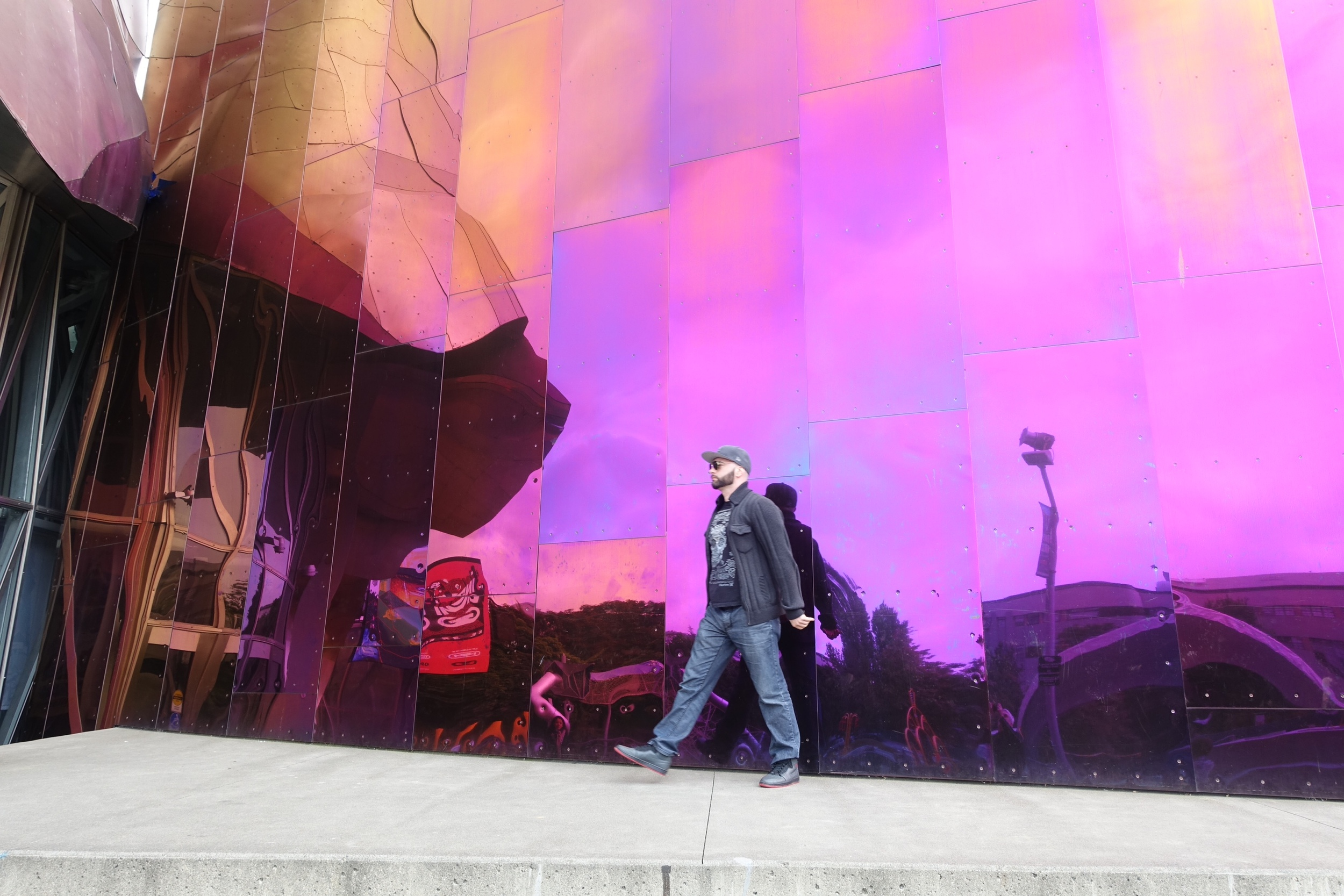 Walking next to the EMP museum designed by architect Frank Gehry is a surreal experience.
