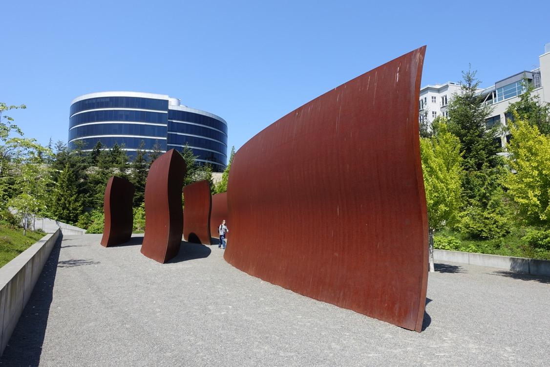 Wake , Richard Serra, 125 feet long weathered steel, Olympic Sculpture Park, Seattle.