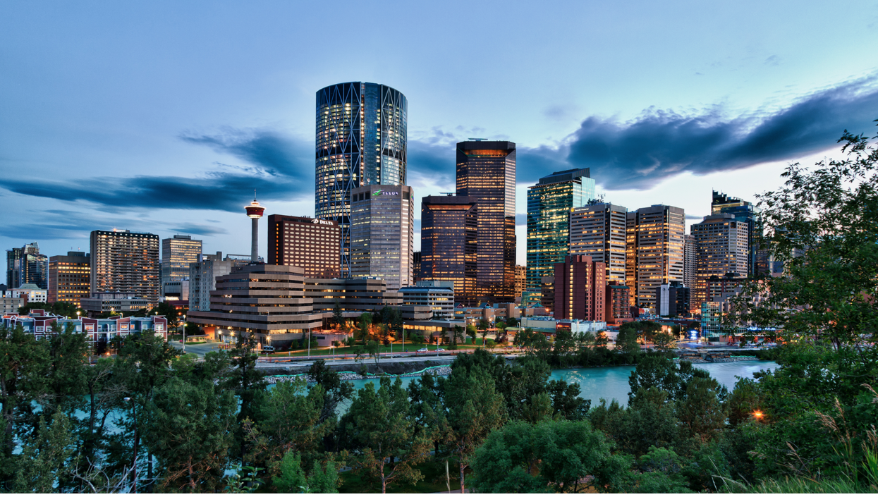 Downtown Calgary Skyline (photo credit: Tourism Calgary).