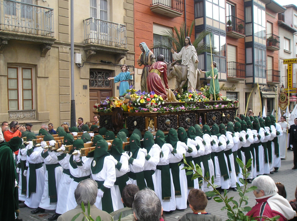 One of our best memories of our trip to Spain were the Easter processions. At first we thought it was the Ku Klux Klan the similarities in the costumes is scary.