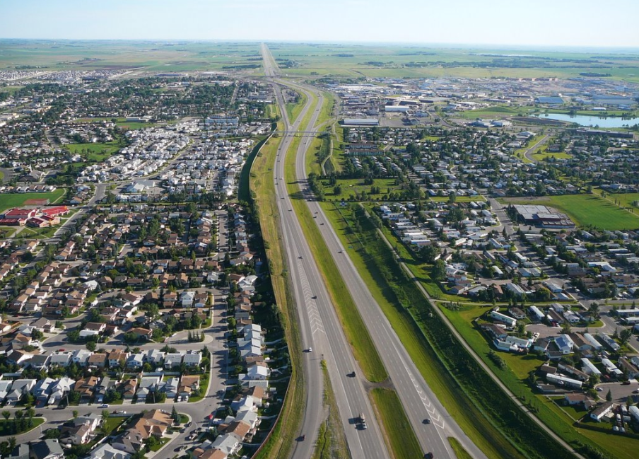 QEII highway which links Alberta with Mexico divides Airdrie in half.