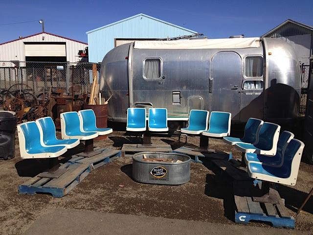 Yes, Calgary has funky salvage yards (Ramsay) and flea markets (Hillhurst) for the urban scavenger.