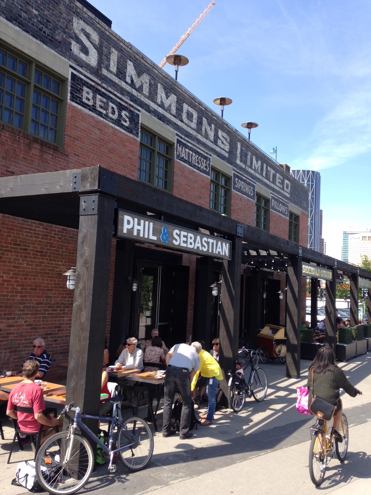 Fortunately, East Village's historic Simmons Building along the East Village Riverwalk, has been renovated to accommodate an upscale restaurant, coffee shop and bakery while retaining its historical character.