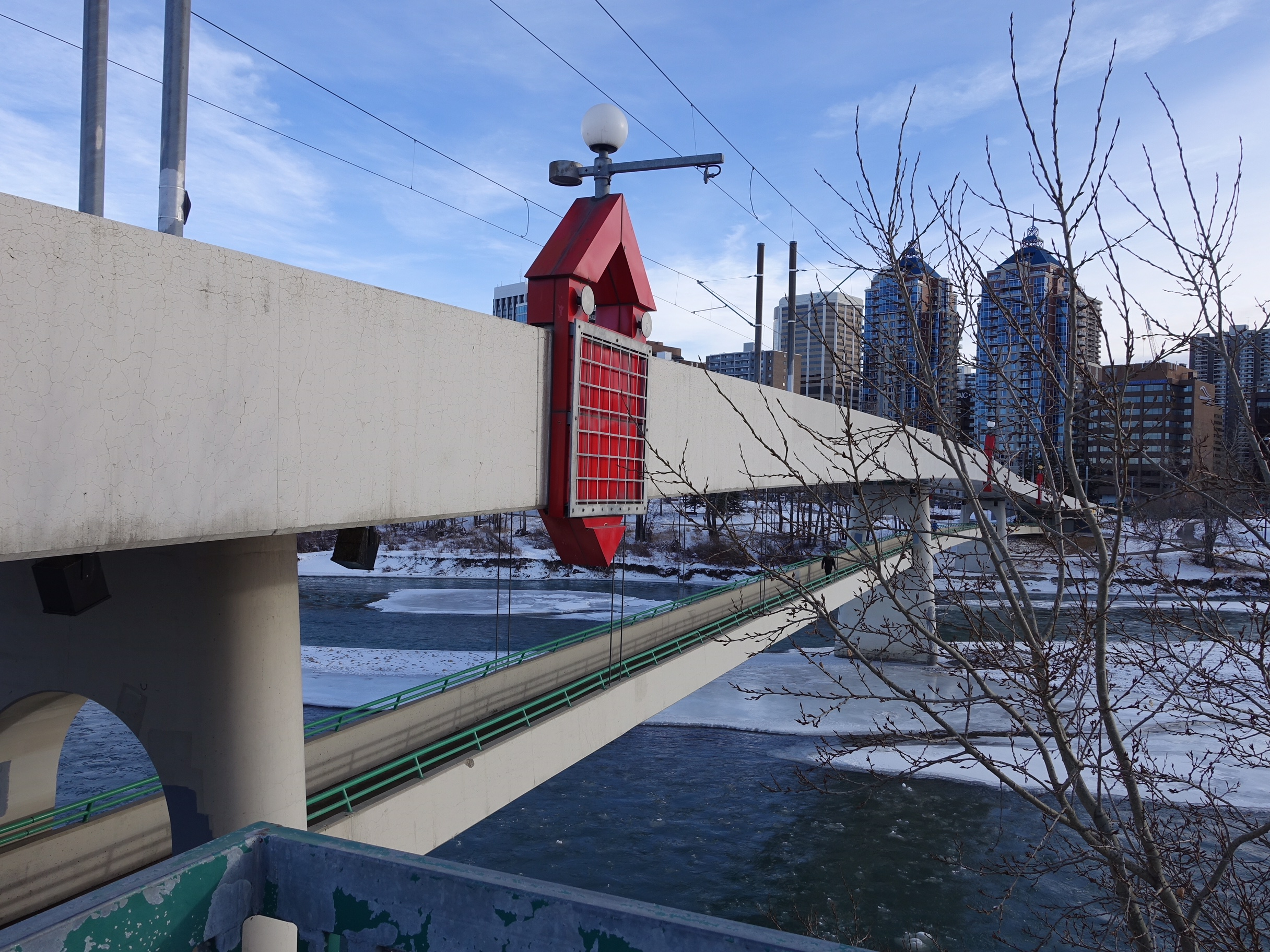 Sunnyside/Eau Claire double decker bridge, LRT above / pedestrians below