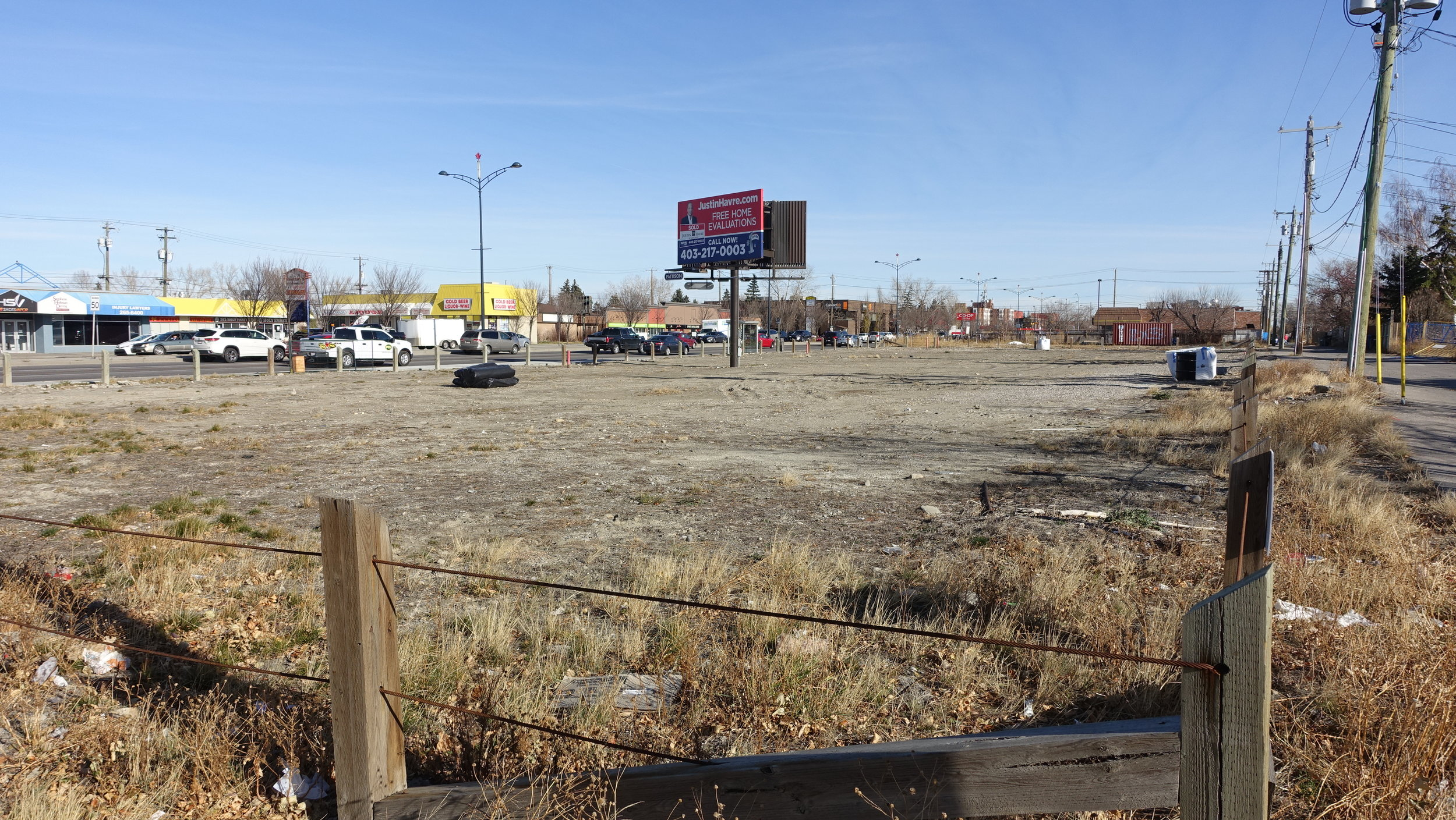 There are several long vacant lots on the south side of 16th Avenue N that should have been developed by now even in the recession.