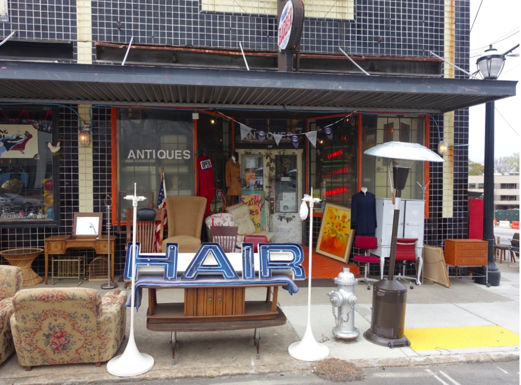 Everywhere we went we kept running into funky shops like this one. Around the corner was a fun little printing studio.  While Atlanta has no main streets (i.e. streets with continuous shops on both sides of the street), it does have fun off-the-beaten path shops.
