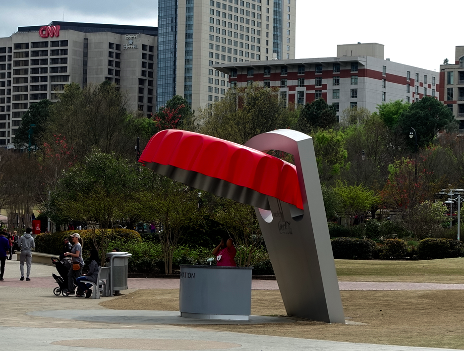 Thought this was a Claes Oldenburg sculpture in   Centennial Olympic Park  , but it turned out to be an information booth in front of the World of Coca-Cola building.  Too much fun!