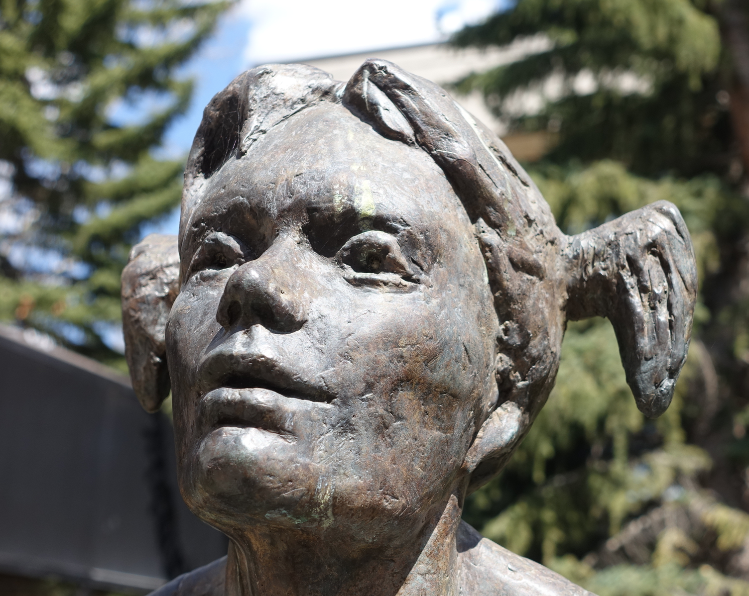 L- Straddle, Marc Mellon, bronze, University of Calgary