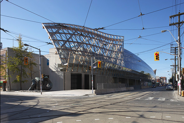 Frank Gehry's addition to the Art Gallery of Ontario enhances Toronto's image as futuristic city even if the streetscape is harsh.