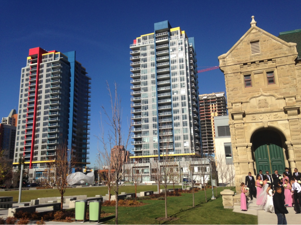 Calgary's Beltline is a funky mix of old and new architecture, with several urban parks and an increasing number of public artworks and murals. It has become a very popular place for millennials and empty nesters to live, work and play.