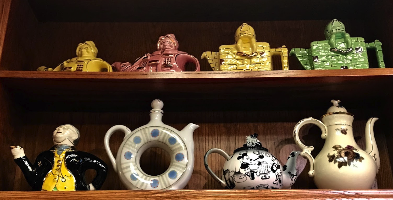 The walls around the restaurant are lined with shelves showcasing Glenn's kitschy teapot collection.