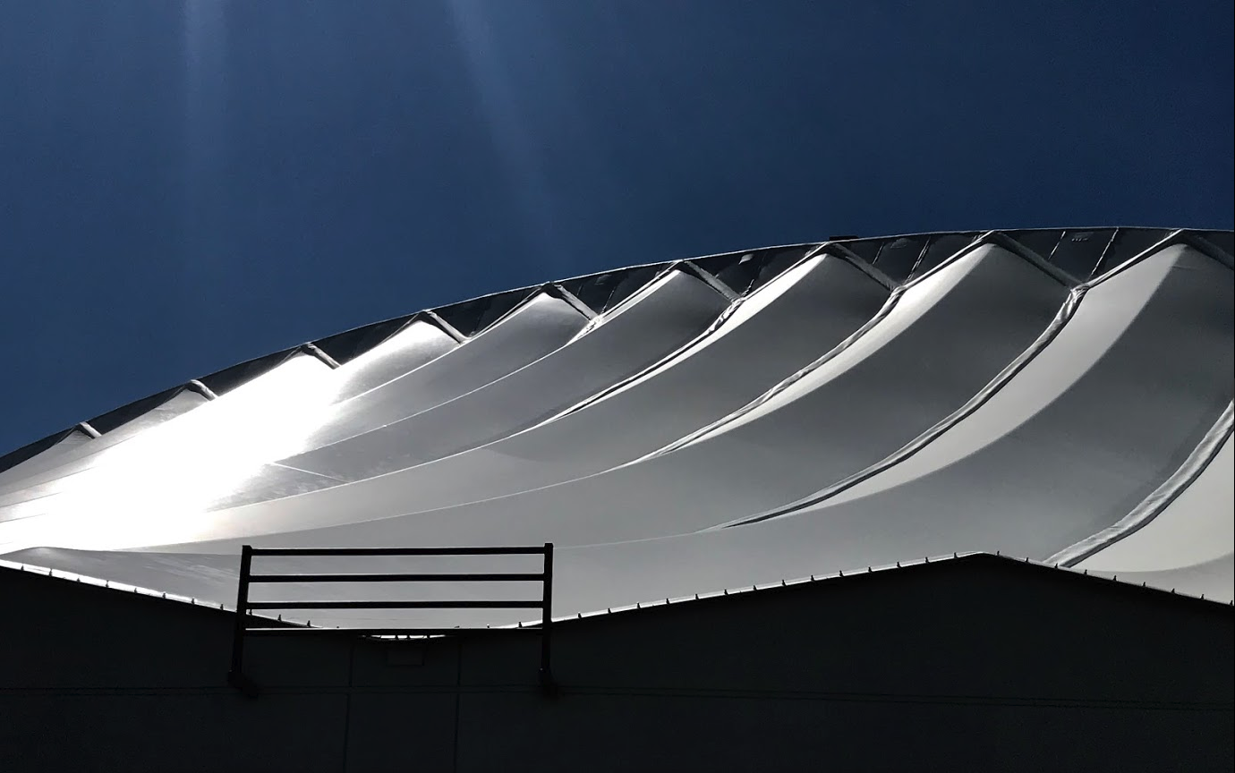 The roof of the Repsol Sports Centre evokes a celestial sense of place.