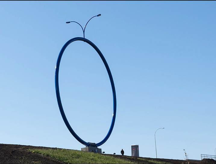 And then there is Travelling Light aka Giant Blue Ring by Inges Idee a glorified street light, which is probably as much an engineering exercise, as it is an artistic statement. (photo credit Inges Idee)
