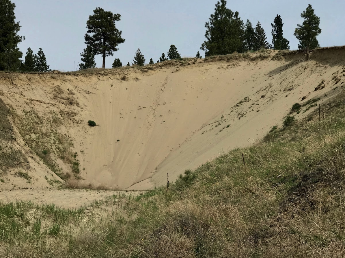 Found what could be the world's largest sand trap when we played Shadow Mountain. Fortunately the course designer did not incorporate it into the golf course - unless you really hook the ball.
