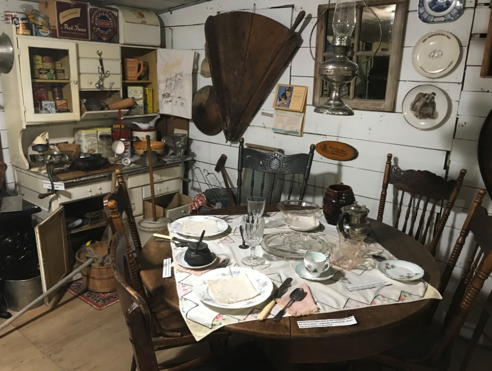 The Rosebud Museum/Library has an extensive collection of early 20th century artifacts documenting the life of the early prairie settlers. Admission is FREE.