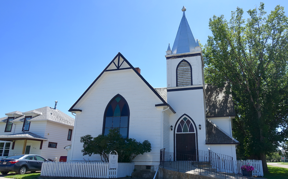 We were surprise to find this well preserved church on a side street, it was a reminder of the importance of churches in establishing communities across the prairies a 100 years ago.