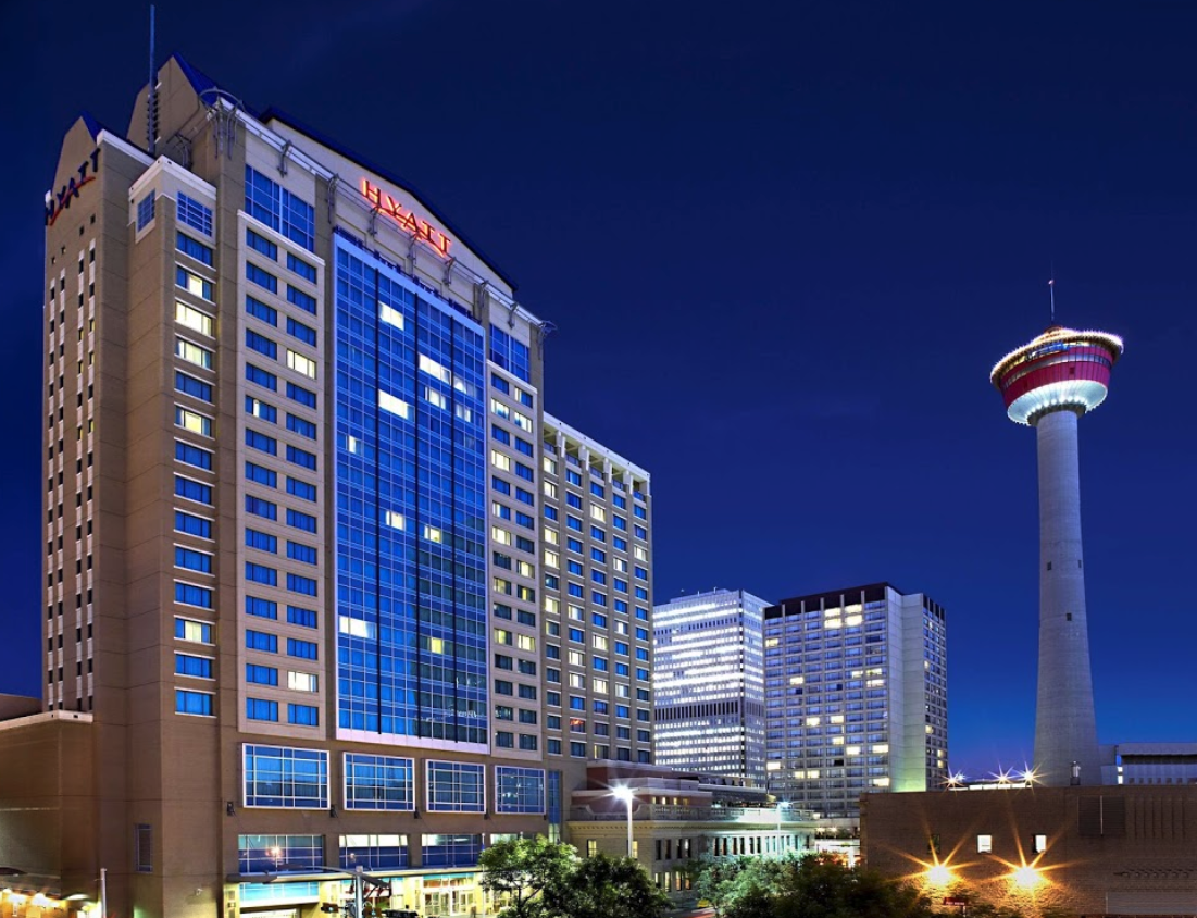 While Stephen Avenue doesn't have a lot of hotels nearby there are several like the Hyatt Hotel. The Calgary Tower is also located just off of Stephen Avenue with its revolving restaurant.