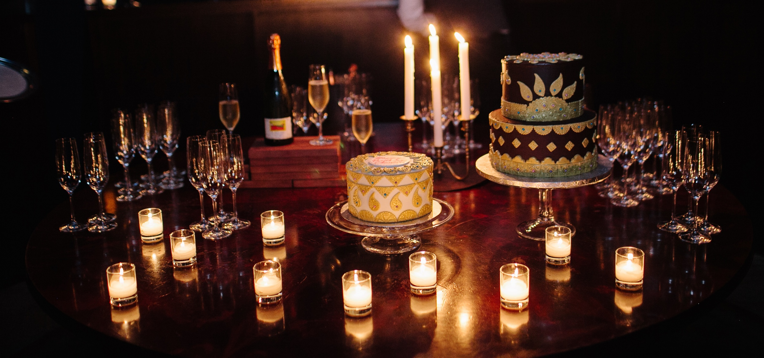 CUPOLA CHAMPAGNE BAR & CAKE DISPLAY