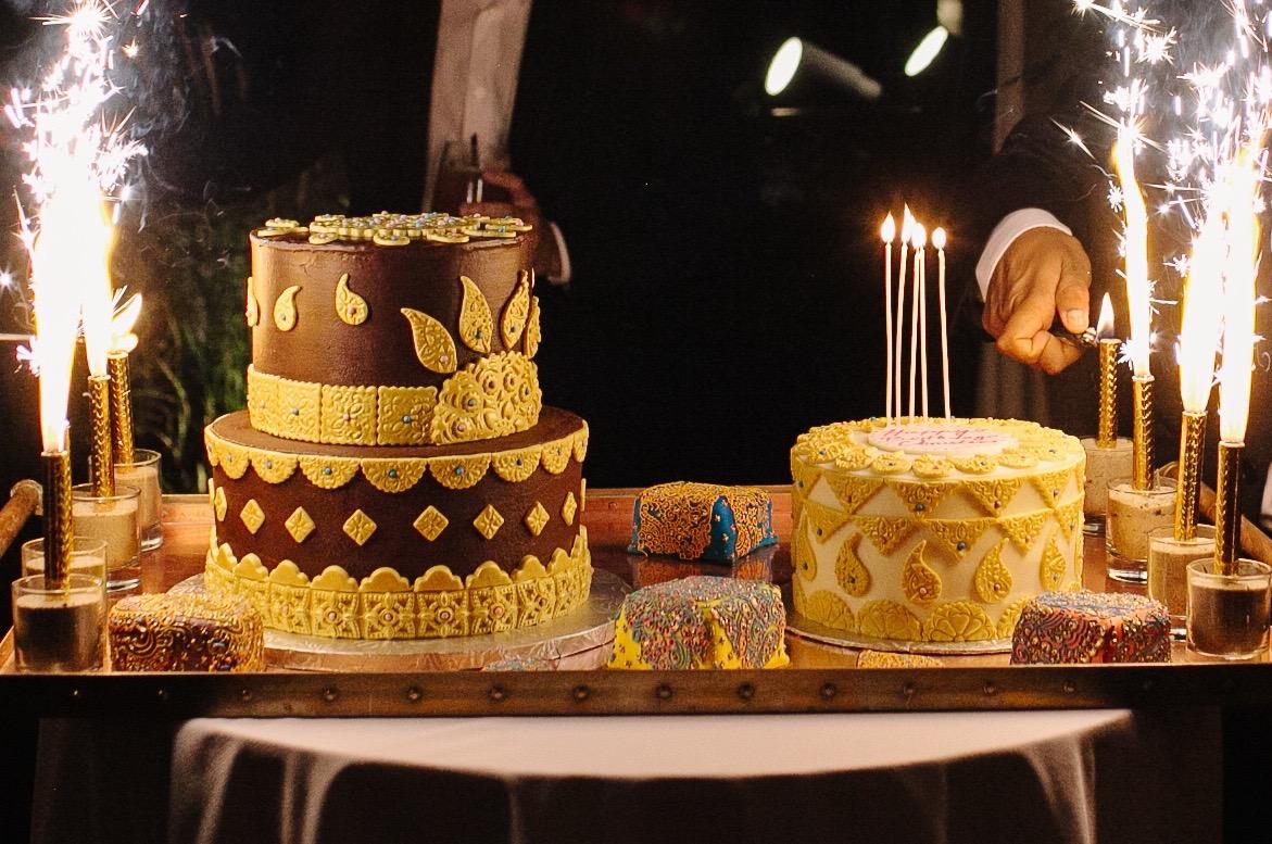 LIGHTING THE BIRTHDAY CAKE SPARKLERS