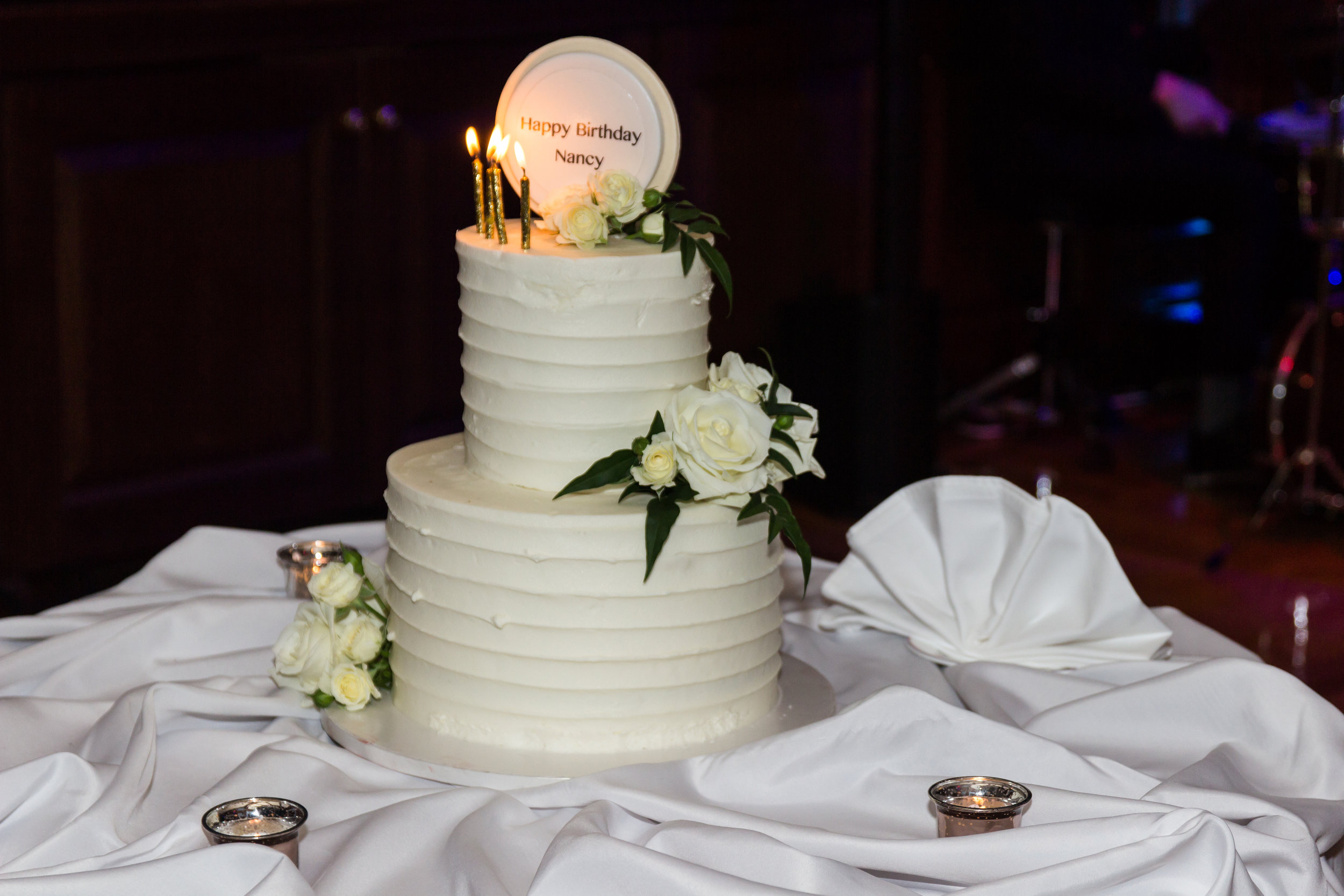 Graceful, two-tiered birthday cake