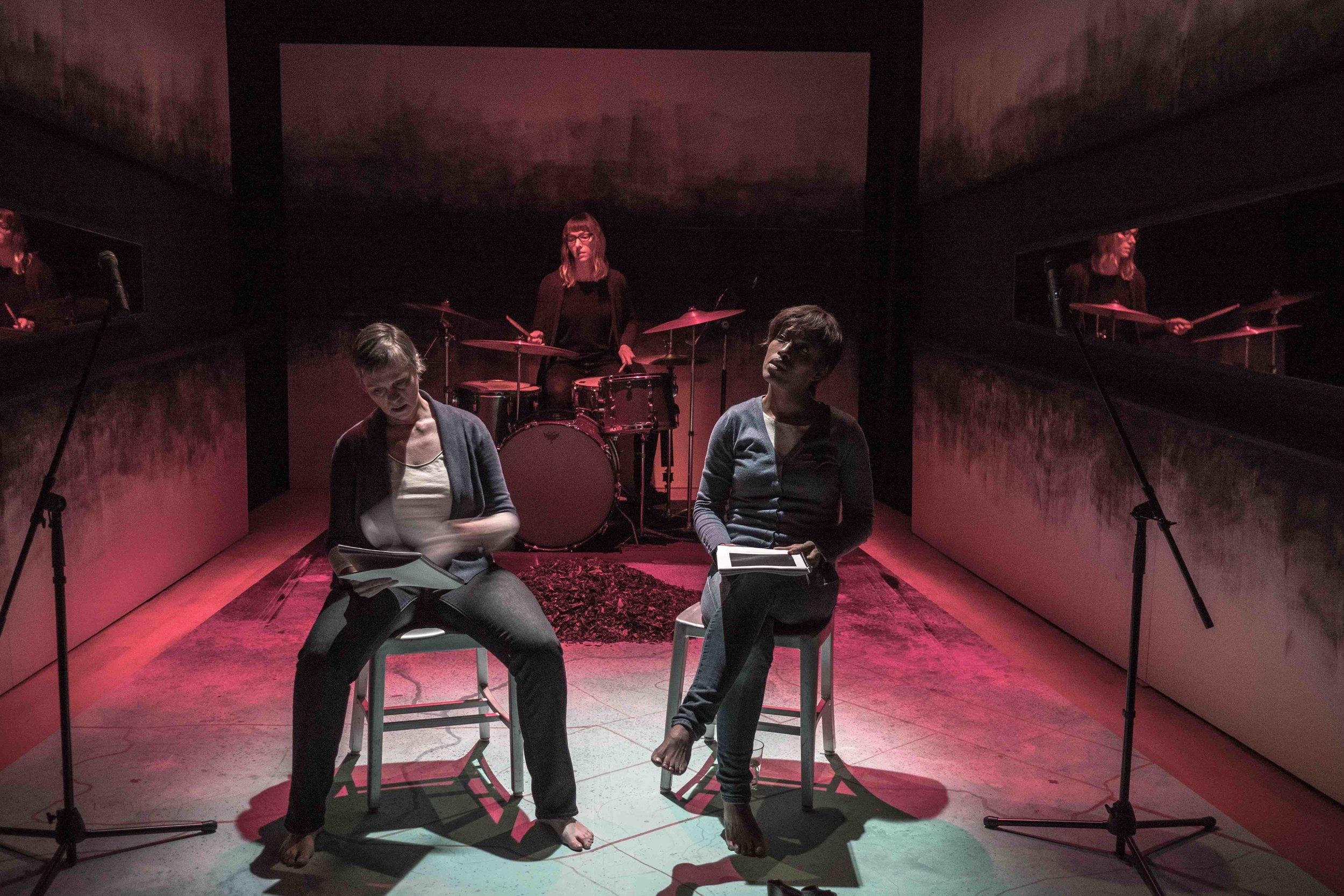 S----/W------- : Deborah Drakeford, Kim Nelson, Lynette Gillis (drums) (Photo: Yuri Dojc)