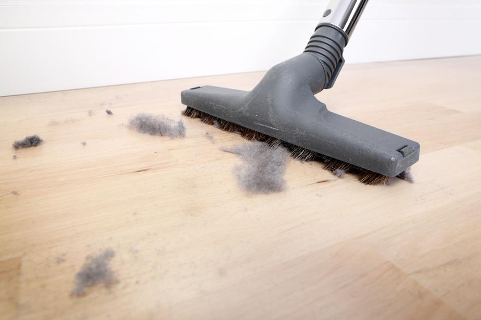 012653840-dusty-floor.jpeg
