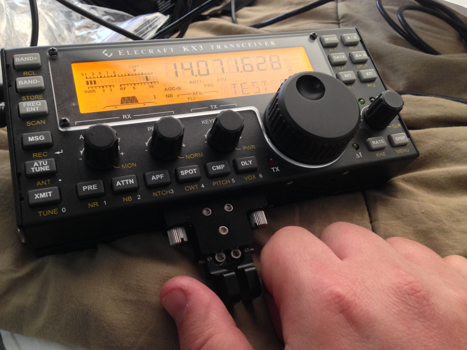 Making a quick CW QSO using the KX3 from the camper.