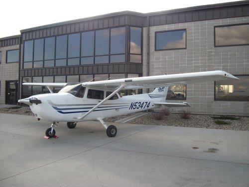 Cessna+172's+001.jpg