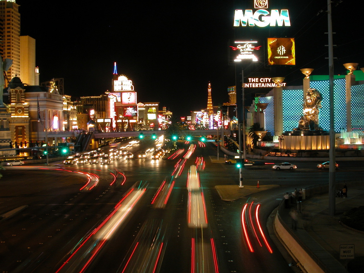 Las Vegas - Las Vegas probably doesn't need an introduction. However, the entertainment capital of the world isn't just about entertainment. We see a number of our clientele travel down here for business just as much as pleasure. Although Las Vegas is known for all of its downtown entertainment that attracts tens of millions of tourists every year, there are still over 2 million people residing and living in Vegas. Our Hawker 800XP can fly you and your family/friends to Vegas from whatever airport you prefer, and at whatever time you'd like.