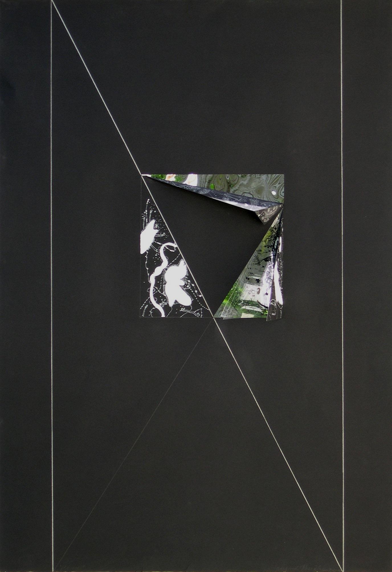 Pavane#2_Black_Center(N).jpg