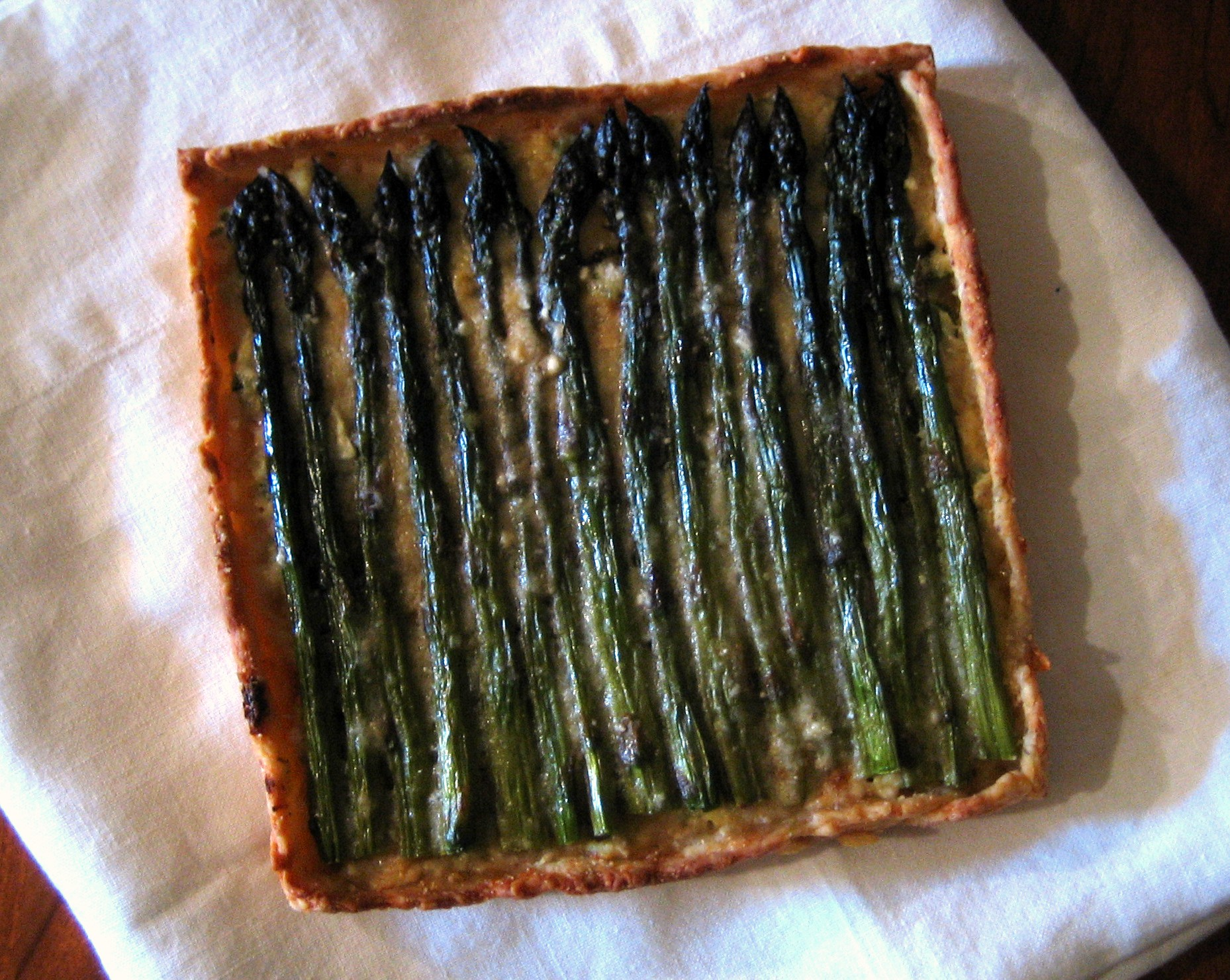 Asparagus & Ricotta in Parmigiano Black Pepper Pastry