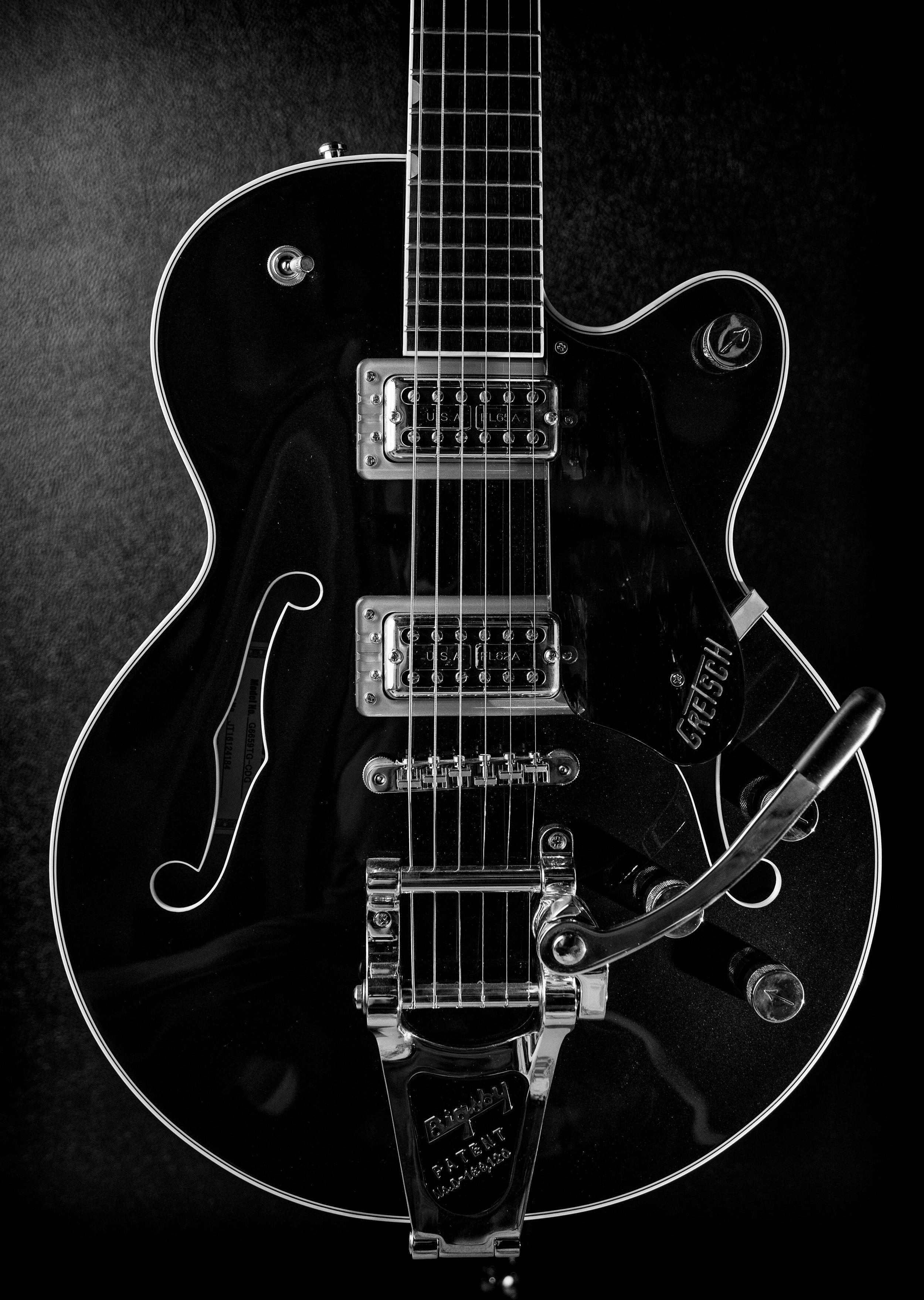 black and white gretch.jpg