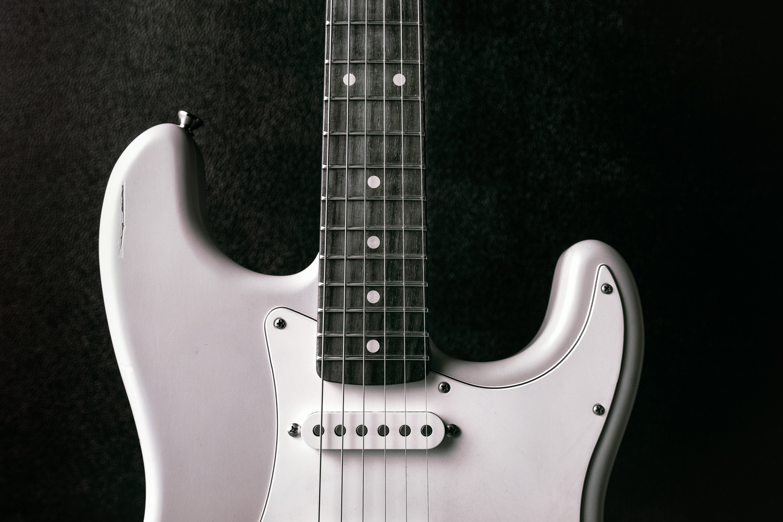 nash guitar.jpg