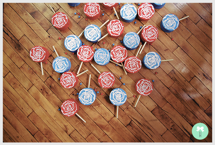 chinese_drums_wedding_red_baby_blue_wedding_colors_down_the_aisle_asian_tradition.jpg