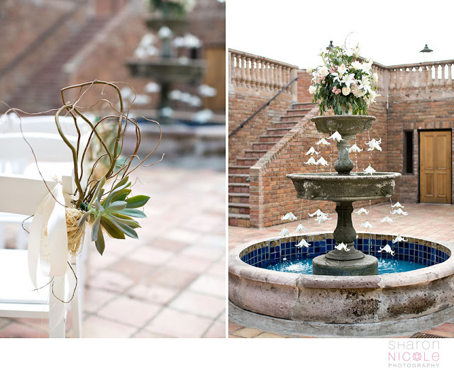 the_gallery_houston_texas_fountain_flower_display_organic_natural_wedding.jpeg