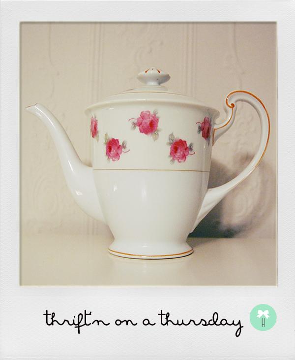 anthropologie_vintage_tea_pot_japan_pink_flowers.jpg