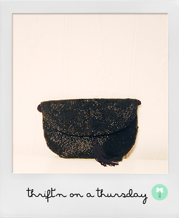 vintage_black_beaded_clutch_purse_paris_la_bagagerie.jpg